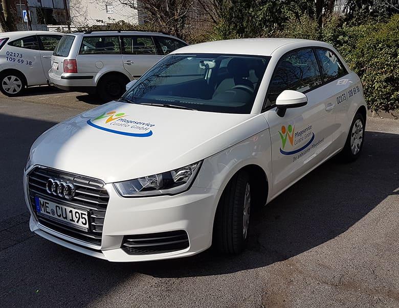 Firmenauto Beschriftung Pflegeservice